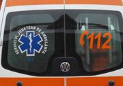 Comportamentul halucinant al unui șofer de ambulanță. A scuipat un bărbat pentru că i-a reproșat că a ajuns prea târziu