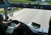 Şoferul unui microbuz şcolar, prins băut la volan! Poliţiştii i-au suspendat dreptul de a conduce pentru 90 de zile