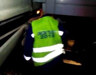Accident la locul de muncă. Un muncitor cu capul zdrobit de un vagon