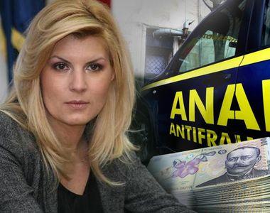 ANAF se chinuie de un an să recupereze de la Elena Udrea 8 milioane de lei! Cum s-a...