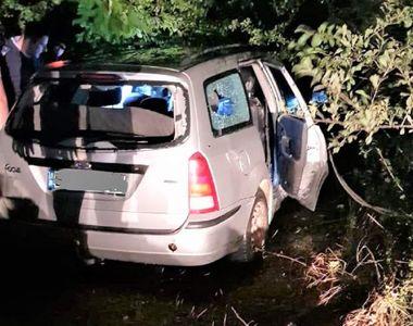 Apel la 112 pentru un bărbat dispărut de acasă, poliţiştii l-au găsit blocat în maşină,...