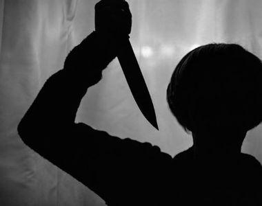Răzbunare sângeroasă în stradă. Băiat înjunghiat și lăsat să moară