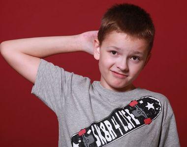 Un elev de 11 ani din Cluj s-a ales cu răni grave după ce a fost bătut și batjocorit de...