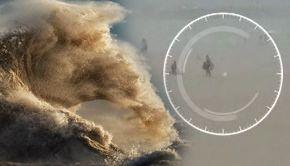 VIDEO | Furtunile de nisip au răvășit litoralul. Turiștii au luat-o la fugă. Imaginile sunt terifiante