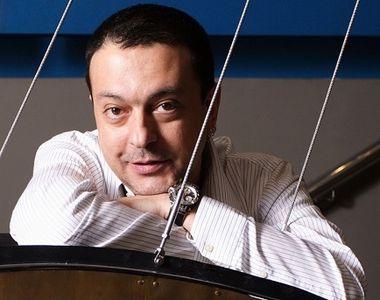 VIDEO | Trupul neînsufleţit al regizorului Alexandru Darie va fi depus vineri la...