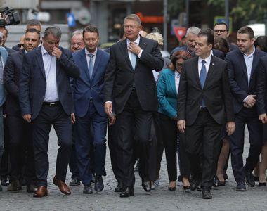 Iohannis şi-a depus oficial candidatura pentru un nou mandat de președinte. Atac dur la...