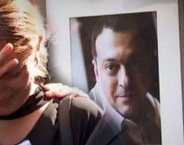 VIDEO | Clipe sfâșietoare la înmormântarea lui Ducu Darie! Imaginile durerii de la...