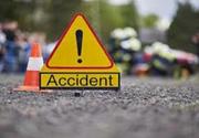 Linii de troleibuz blocate în București în urma unui accident rutier. Medicii resuscitează o persoana aflată în stop cardio-respirator