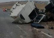 VIDEO | Accident teribil pe autostrada Sebeș-Turda. Un bărbat este grav rănit