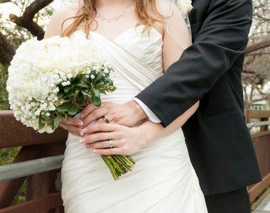11 membri ai unei familii s-au căsătorit între ei și au divorțat de 23 de ori. Totul...
