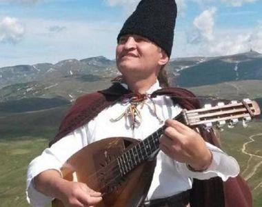 Doliu în muzica populară: Cântărețul a fost găsit mort într-un parc