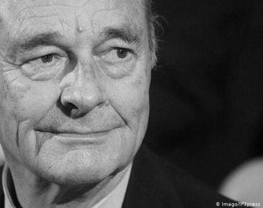 Moment de reculegere pe stadioane  în memoria fostului preşedinte Chirac