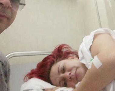 O cântăreață de muzică populară a suferit un grav accident în Grecia. Femeia are acasă...