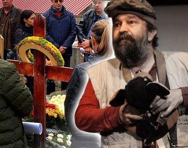 Emoționant! Prietenii s-au recules la mormântul lui Ioan Gyuri Pascu, la 3 ani de la...