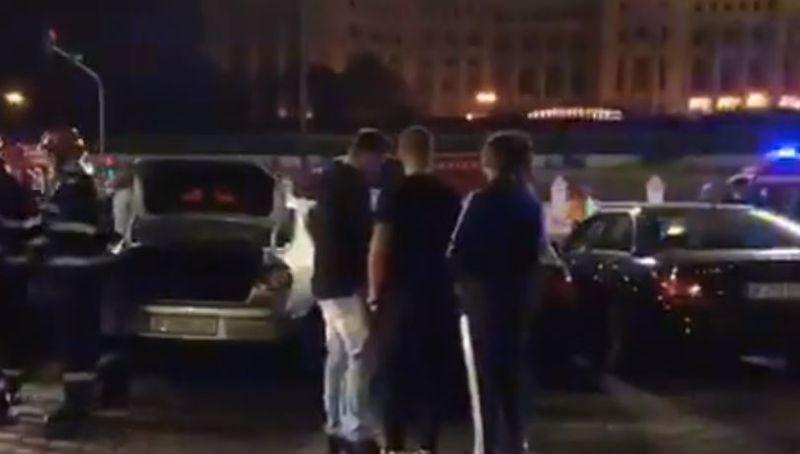 Accident de proporții în centrul capitalei. Șapte mașini au fost implicate, iar printre victime se află și doi copii