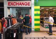 Hoţii au furat aproximativ 160.000 de euro de la casa de schimb valutar. Au intrat prin acoperişul centrului comercial