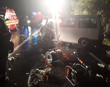 Accident grav pe DN 66 Haţeg - Simeria. O femeie şi un bărbat au decedat, iar alte două...