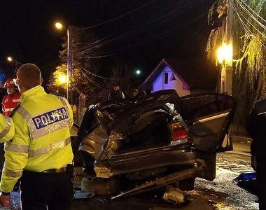 Grav accident la Filiași. Un adolescent a murit în urma accidentului provocat de...
