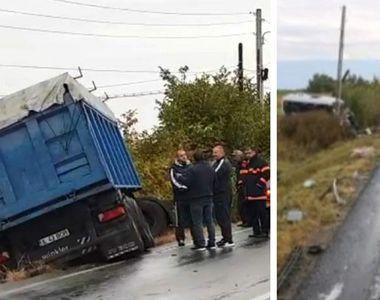 Pasagerii din microbuzul implicat în accidentul din Ialomiţa erau angajaţii unui lanț...