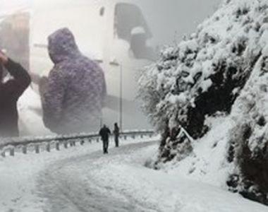 VIDEO | Turiști surprinși de zăpadă