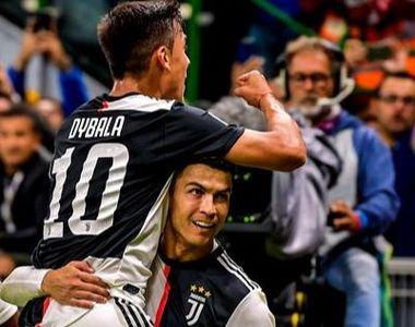 Cristiano Ronaldo prins într-o ipostază amuzantă. Vezi pe cine a pupat portughezul în...
