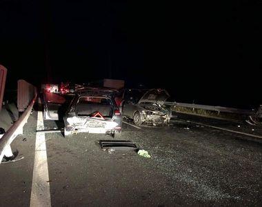 Accident în lanţ pe autostradă, în judeţul Timiş. Cinci oameni au ajuns la spital