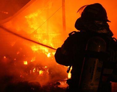 Incendiu la o clădire de birouri aflată în construcţie, la Timişoara