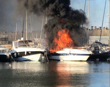 Explozie urmată de un incediu la un iaht aflat în Portul Tomis