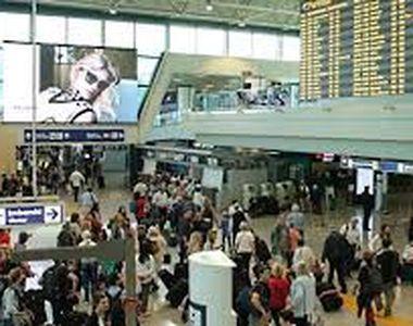 Trei chinezi au fost reţinuţi pe aeroportul Fiumicino din Roma: Aveau aproape trei...