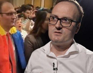 """Nebunie la întâlnirea """"cumpănașilor""""! Alexandru Cumpănașu a intrat la congres pe..."""