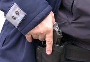 Un poliţist s-a împuşcat cu arma din dotare într-un apartament din Caracal. Este în comă de gradul III