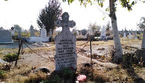 Imagini EXCLUSIVE cu locul de veci al lui Gheorghe Dincă! Cum arată mormântul criminalului din Caracal
