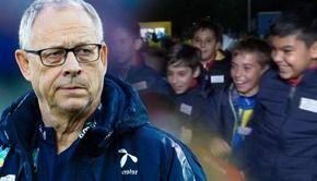 VIDEO | Scandal după meciul României cu Norvegia. Antrenorul nordicilor, deranjat de prezența copiilor în tribune