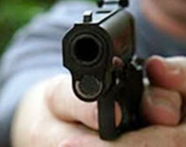Jandarm de 42 de ani, împuşcat accidental de un coleg în timpul unei şedinţe de tragere