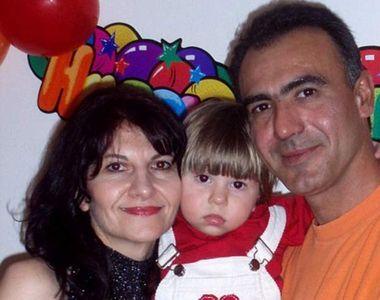 Povestea tragică a celor doi părinţi găsiţi morţi lângă fiul lor răpus de cancer, în...