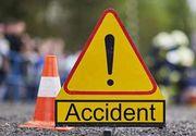 ACCIDENT GRAV! Un mort şi doi răniţi, după ce un microbuz a lovit în plin un copac!