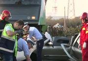 VIDEO | Imagini cutremurătoare de la locul tragediei din Dâmbovița. Mașina celor doi soți, spulberată de tren
