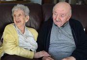 Dragostea de mamă nu moare niciodată. Are 98 de ani și stă în aceeași casă cu fiul ei de 80 de ani pentru a avea grijă de el