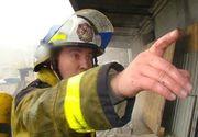 Pompierul care i-a înjurat pe morţii din Colectiv are un salariu uriaş, pe care îl ţine la secret! Orlando Şchiopu încasează bani din trei surse!