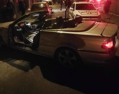 Opt maşini au fost avariate de un şofer care a abandonat autoturismul după producerea...