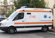 Ambulanţă SMURD, implicată într-un accident, la Piteşti