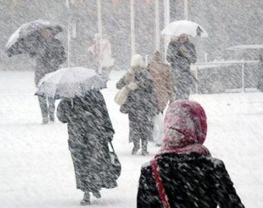 ANM, anunț de ultimă oră: Vreme deosebit de rece, ninsori la munte şi precipitaţii...