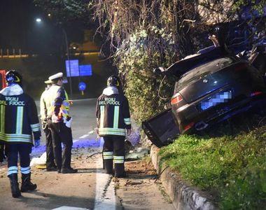 Accident cumplit: O tânără de 25 de ani a murit după ce a intrat cu mașina într-un zid