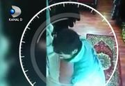 VIDEO | Jaf în 3 secunde, la doi pași de sediul Poliției Capitalei. Totul a fost filmat