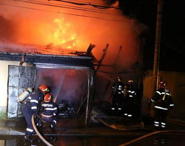 Incendiu la un cămin pentru vârstnici din judeţul Bistriţa-Năsăud; o angajată s-a...