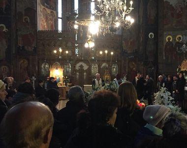 VIDEO | Primele imagini de la slujba de înmormântare a lui Mihai Constantinescu