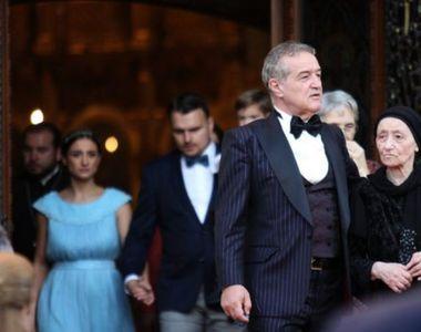 A rămas Gigi Becali fără bani după nunta fiicei sale? Latifundiarul a scos la vânzare...