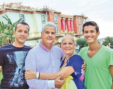 Fiii lui Adrian Năstase anunţă că la alegeri prezidenţiale 2019 o vor vota pe Viorica...