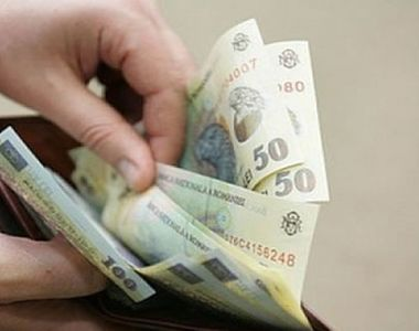 Dăncilă: Discutăm creşterea salariului minim începând de anul viitor la 2.262 de lei