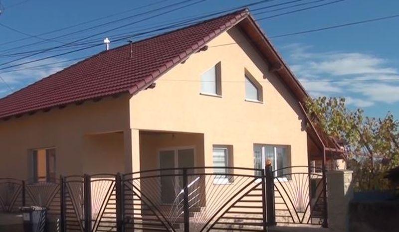 Primar din Alba-Iulia amendat de primăria pe care o administrează